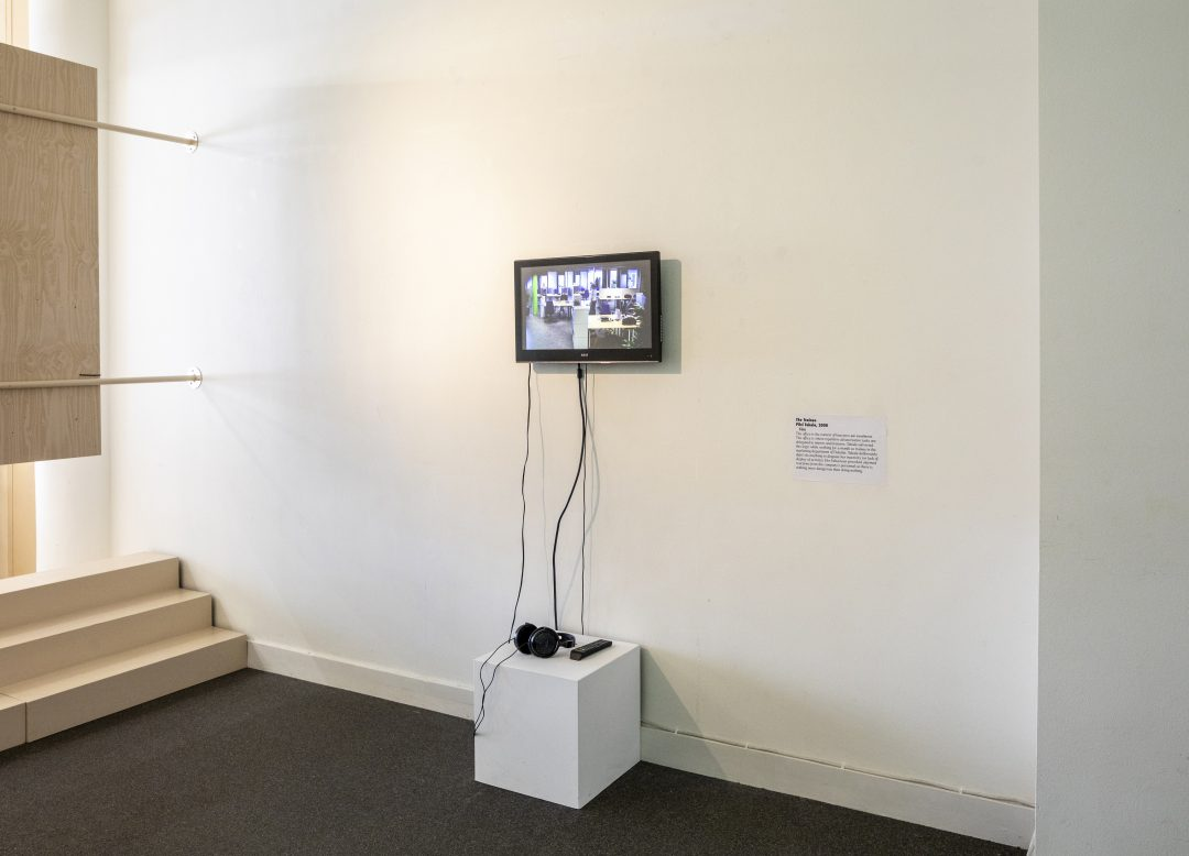 Do or Delegate: Entrepreneurial Means and Precarious Ends at Onomatopee, Eindhoven